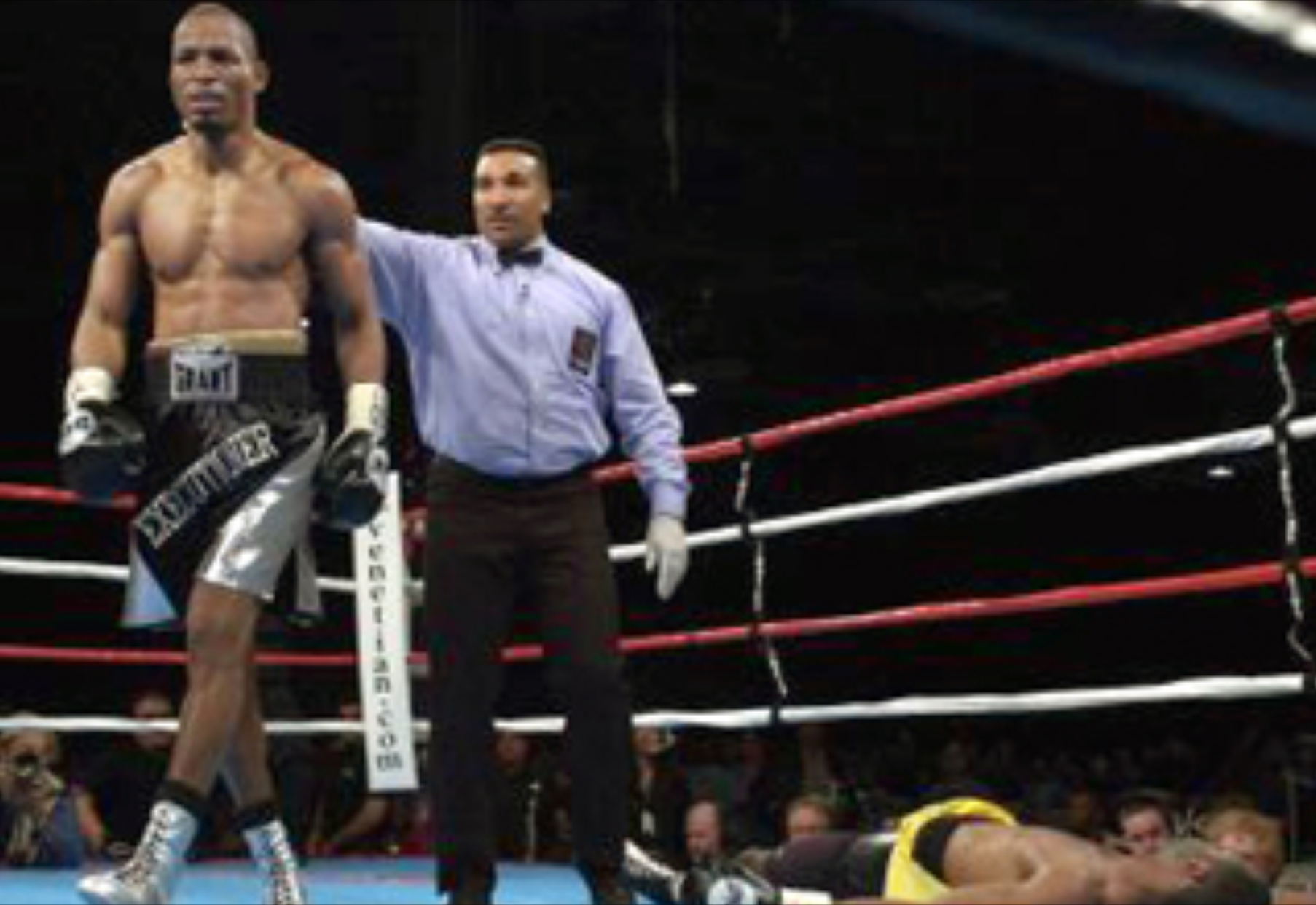 Bernard Hopkins walks away from a fallen Antwun Echols. Photo: AP
