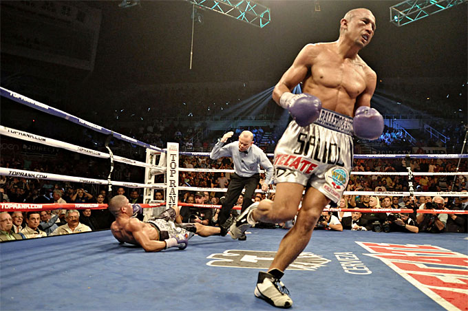 Orlando Salido after he scores the final knockdown in the rematch with Juan Manuel Lopez. Photo: Peter   Amafor  /Top Rank