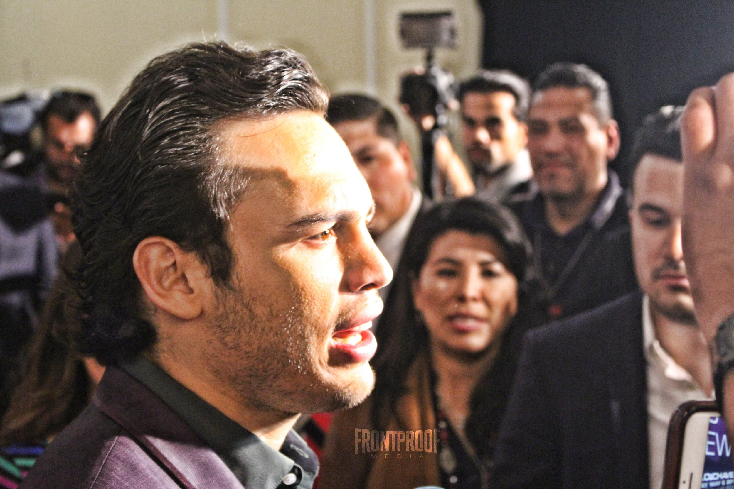 Julio Cesar Chavez Jr. speaks to the Los Angeles press in the last stop of the tour. Photo: Danny Z/Frontproof Media