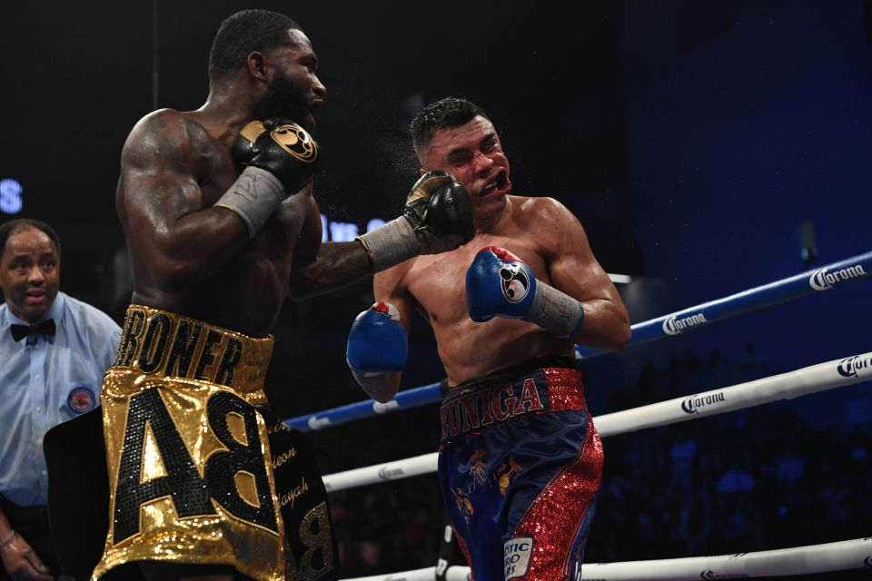 Adrien Broner lands a left hook on Adrian Granados in their February 2017 bout that took place in Cincinnati,Oh. Photo: Bobby Ellis/Getty Images