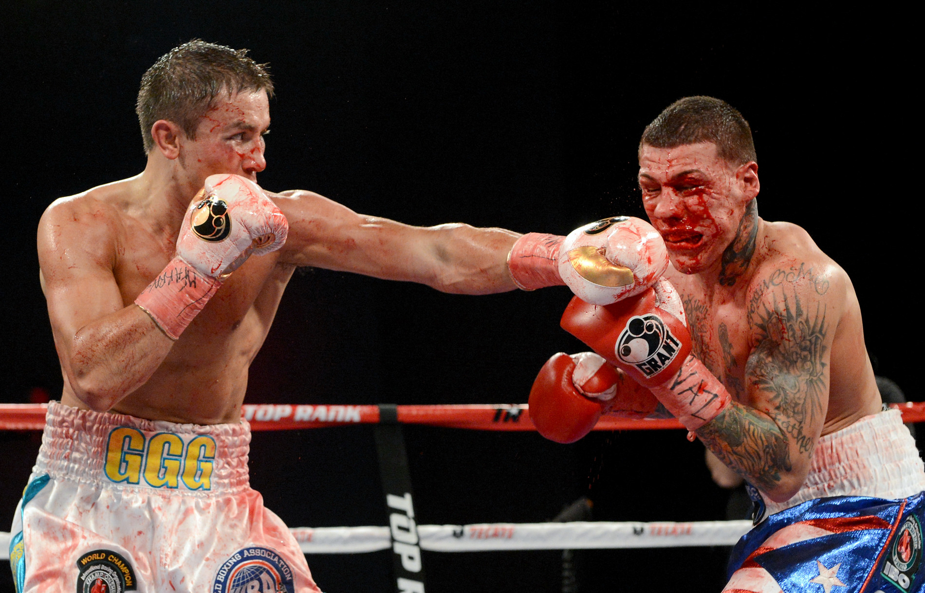 Gennady Golovkin stopped Gabriel Rosado in what turned out to be a one-sided bloody fight. Photo: Naoki Fukuda