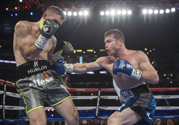Canelo Alvarez stopped Liam Smith in the ninth round to win the WBO 154-pound title in September 2016. Photo: Jerome Miron/USA TODAY Sports