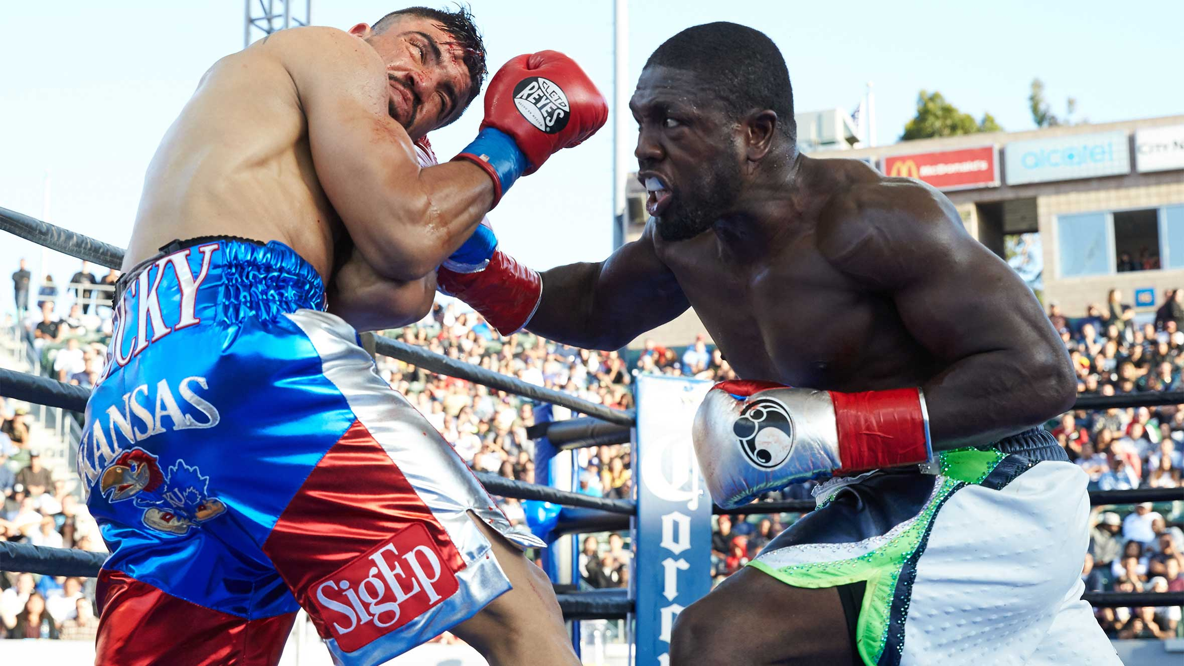 Andre Berto stopped Victor Ortiz in the fourth round in their rematch in April 2016. Photo: Suzanne Teresa/Premier Boxing Champions