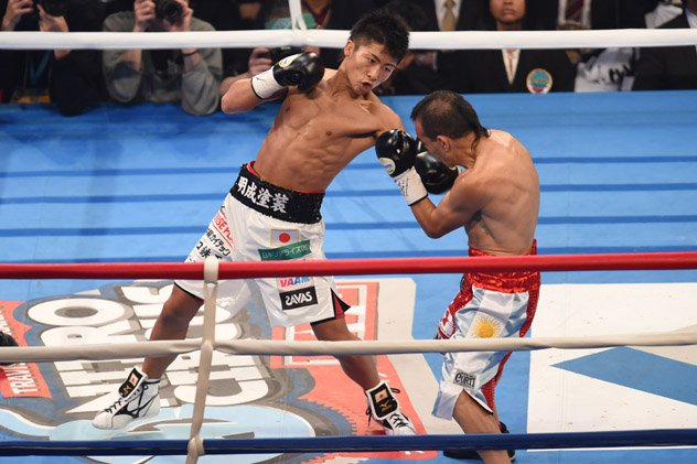 Naoya Inoue stopped Omar Narvaez in the second round with body shots in 2014. Photo: Atsushi Tomura/Getty Images