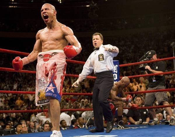 Miguel Cotto stopped Zab Judah in front of a packed house in Madison Square Garden. Photo: Ed Mulholland