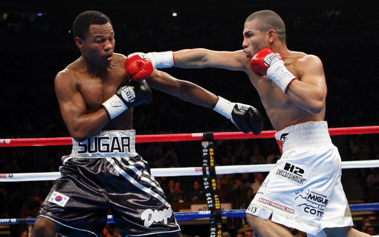 Miguel Cotto and Shane Mosley put on a classic in November 2007. Photo: Mike Segar/Reuters