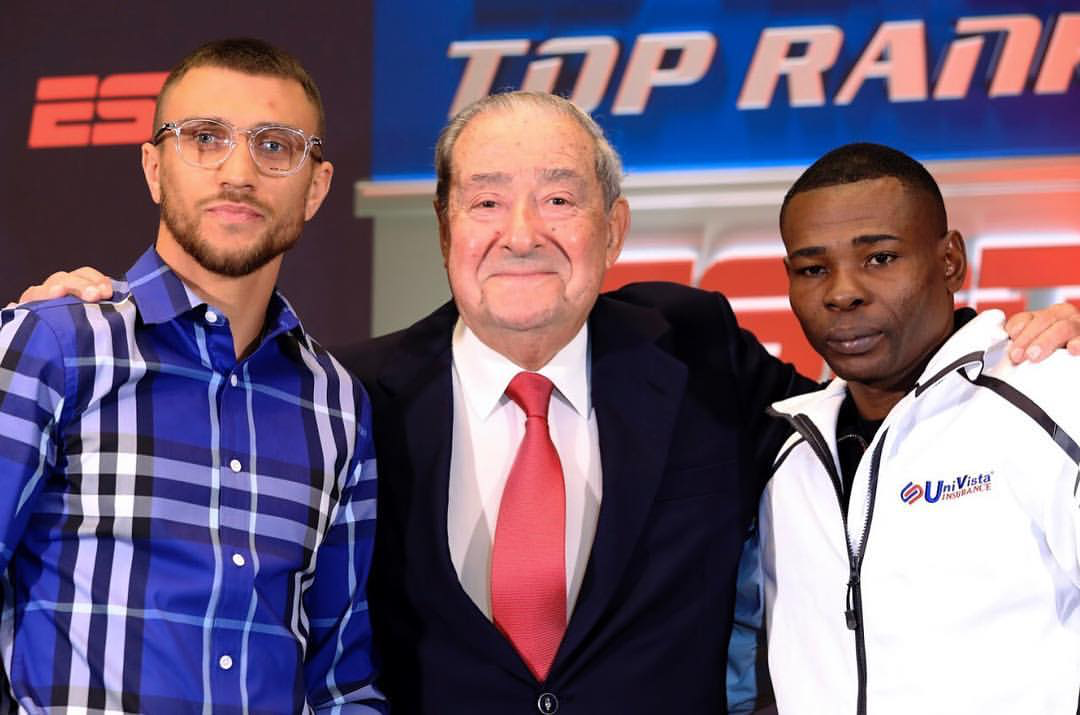 Guillermo Rigondeaux, Vasyl Lomachenko   and   Bob Arum take a photo at the final press conference before Saturday nighs meeting between the two two-time Olympic Gold Medalist. Photo: Kelly Owen/  Frontproof   Media