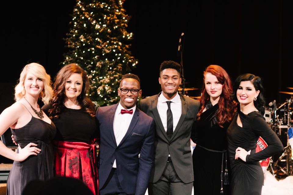 The Voice Christmas-2016.jpg