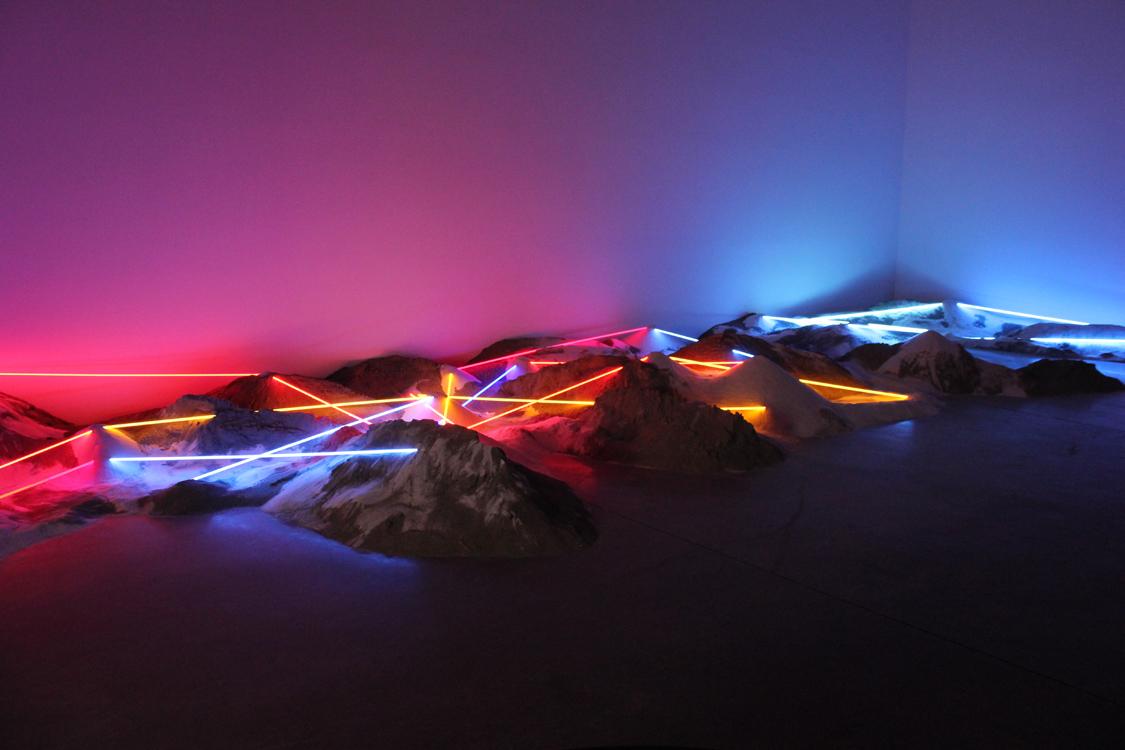 Light & Sand Series -