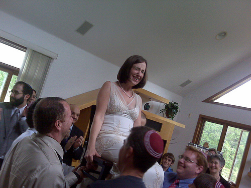 bride_chair_dance.jpg