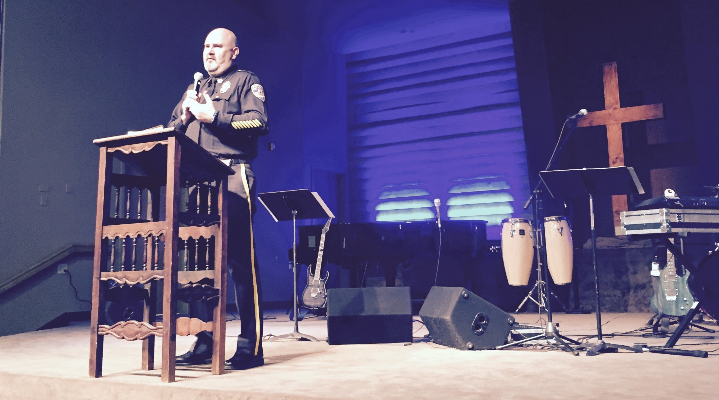 Chief Cliff Bush addressing our congregation.