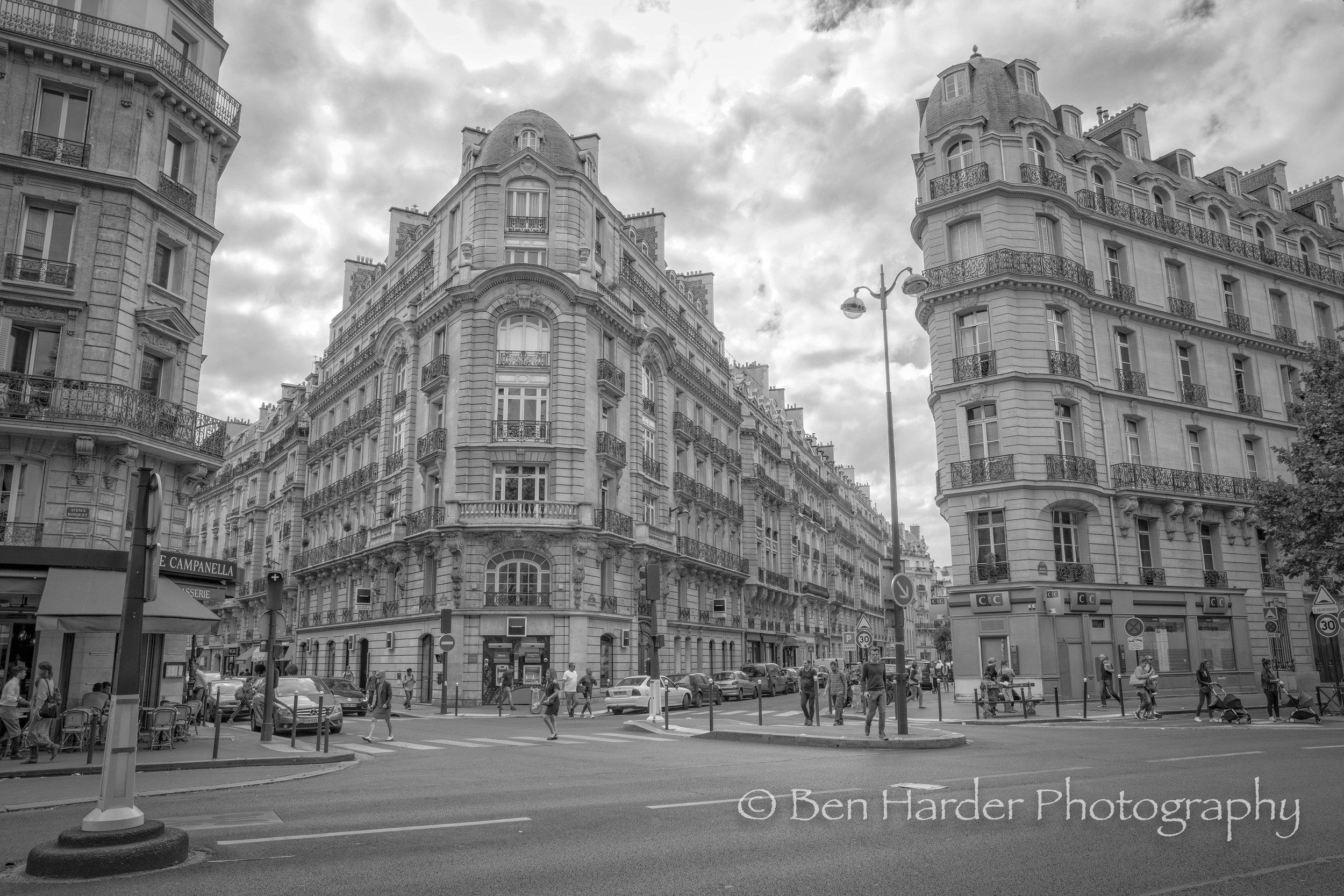 Paris BW-1.jpg