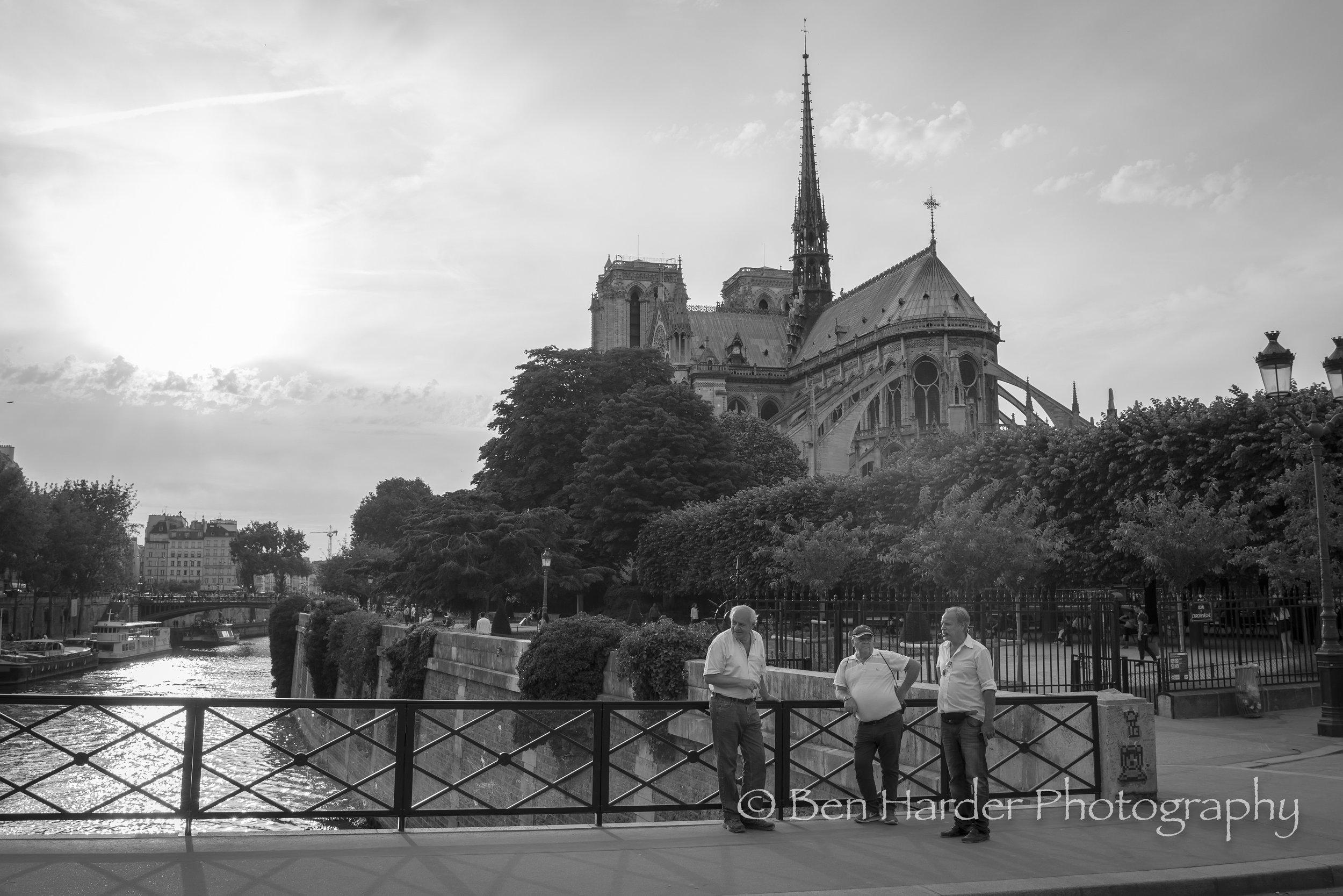 Paris BW-9.jpg