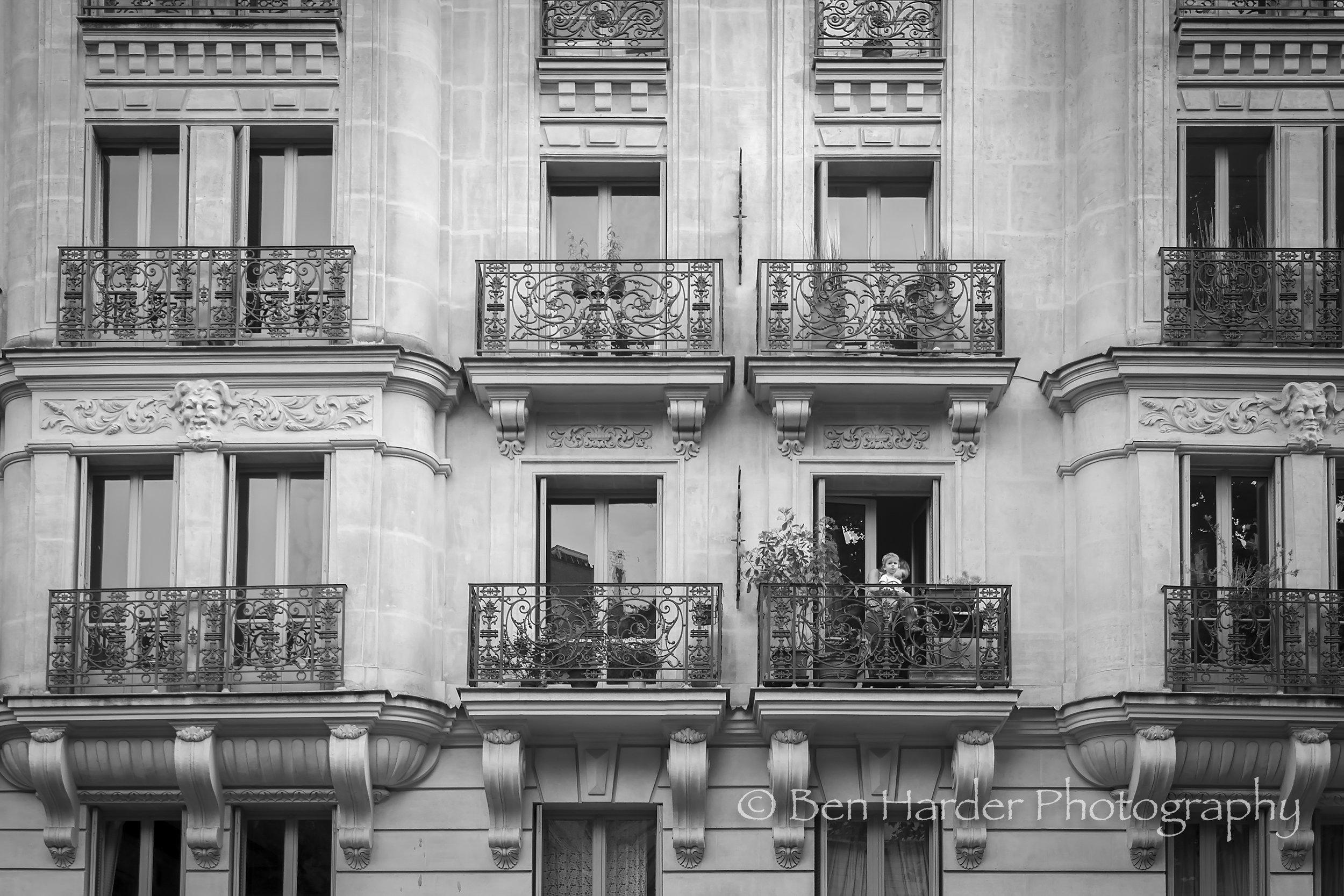 Paris BW-10.jpg