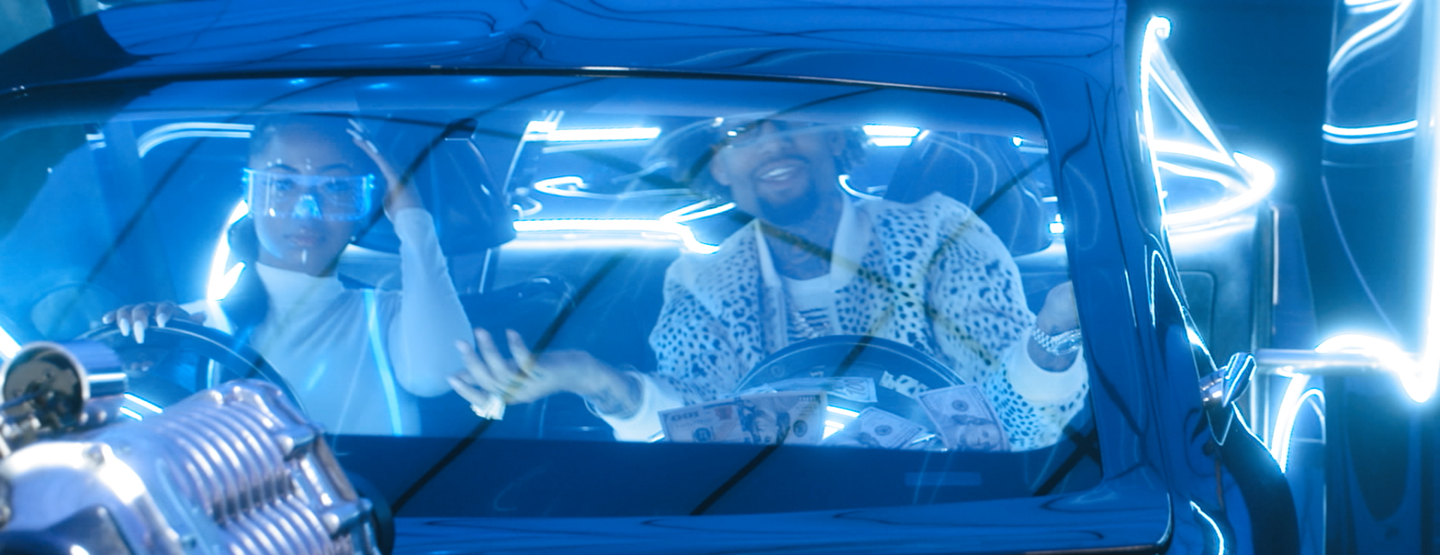 PNB ROCK FT. TEE GRIZZLEY - GO TO MARS (OFFICIAL VIDEO) - DIRECTED BY MAJIK FILMS.mov.00_00_28_22.Still027.jpg