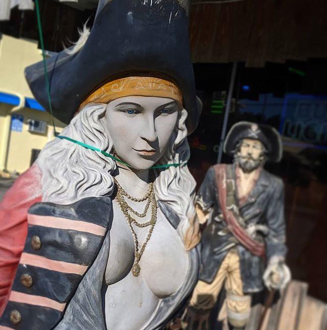 Pirates abound all around #goingclear #piratebooty