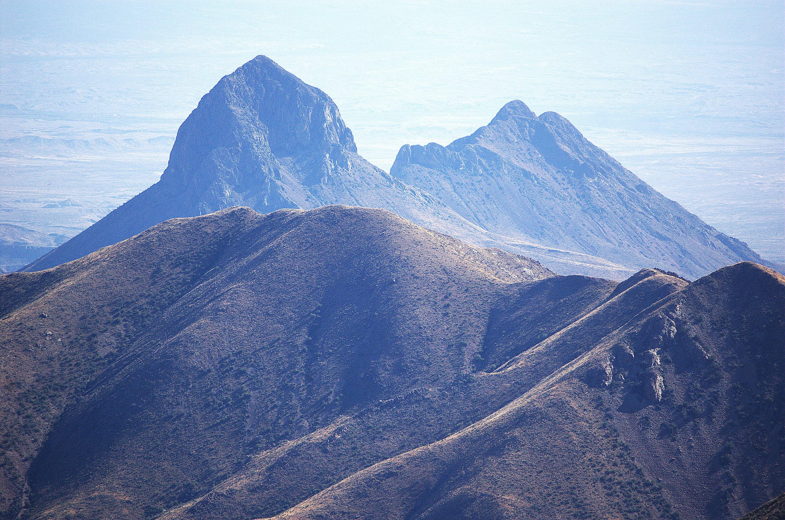 Elephant Tusk Mountain, Chisos Mountains
