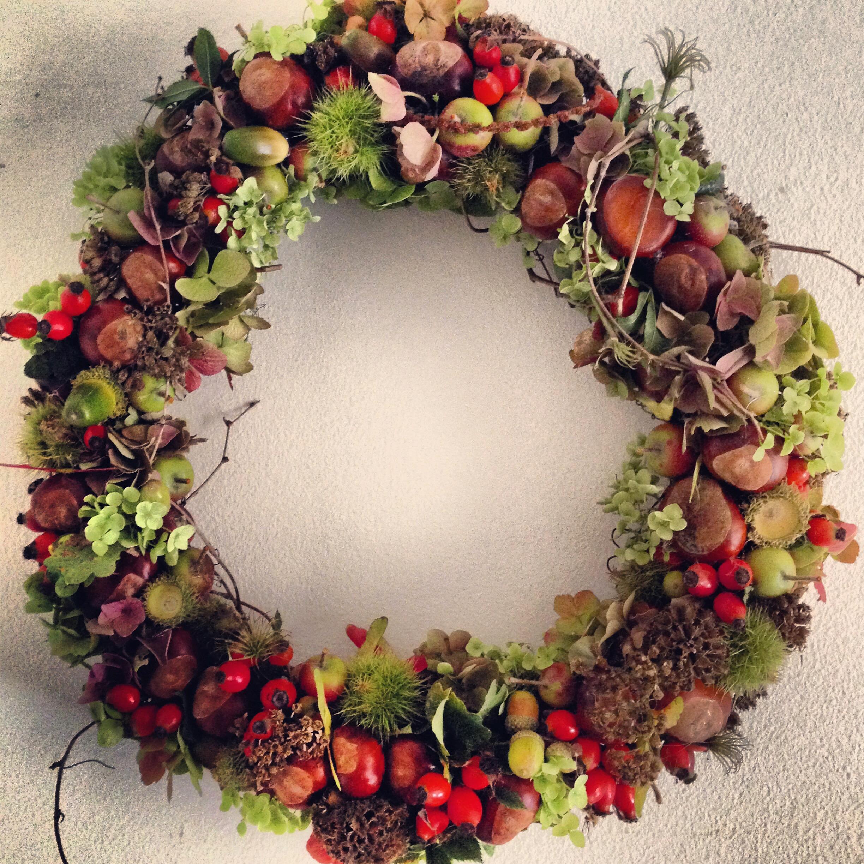 An Autumn wreath from last year. All materials were fixed to the grape vine wreath using a glue gun.