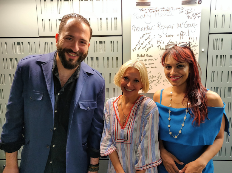 The BBC Arts Hour with Stormzy - Listen to the episode here.Nikki Bedi is joined in the studio by opera star Danielle de Niese who talks about the urbanisation of her latest soprano role in Fiona Shaw's production of Massanet's Cendrillon and her wish list of collaborations with hip hop stars. British-Lebanese writer and filmmaker Nasri Atallah joins discussion of highlights from this week's BBC arts coverage including Stormzy's headlining set at the Glastonbury Festival. Oscar winning director Danny Boyle and his lead actor Himesh Patel discuss their film Yesterday which creates a world where everyone has forgotten the Beatles' music except one young singer! Hollywood star Keanu Reeves talks about his role in upcoming computer game Cyberpunk2077, theatre director Emma Rice talks about adapting Enid Blyton's classic Malory Towers stories for the stage and Homeland actor David Harewood is candid about his experience of revisiting a breakdown he had 30 years ago, for the documentary film, Psychosis and Me.