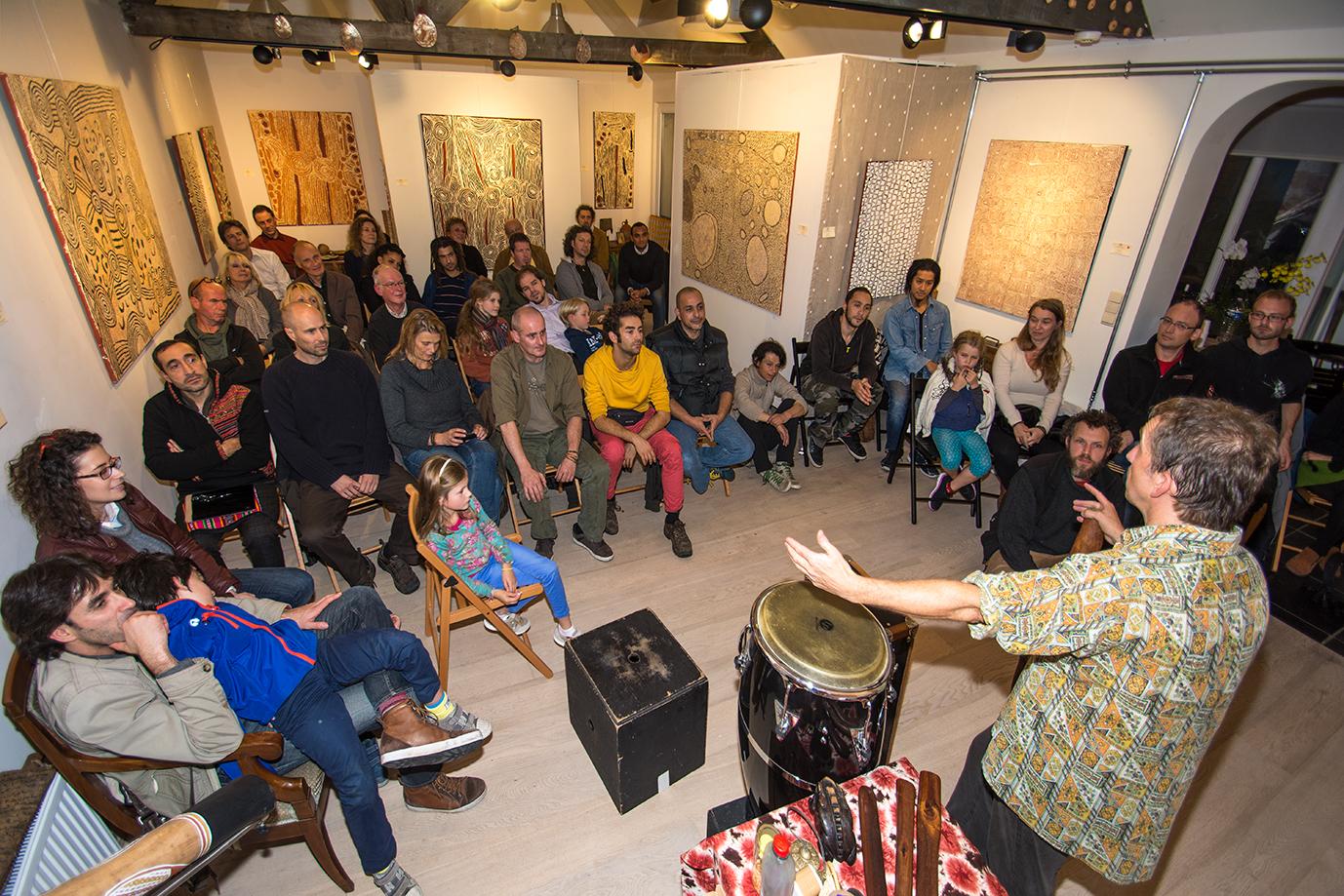 Concert le 24 septembre dernier à la galerie Aboriginal Signature avec le virtuose Stephen Kent.