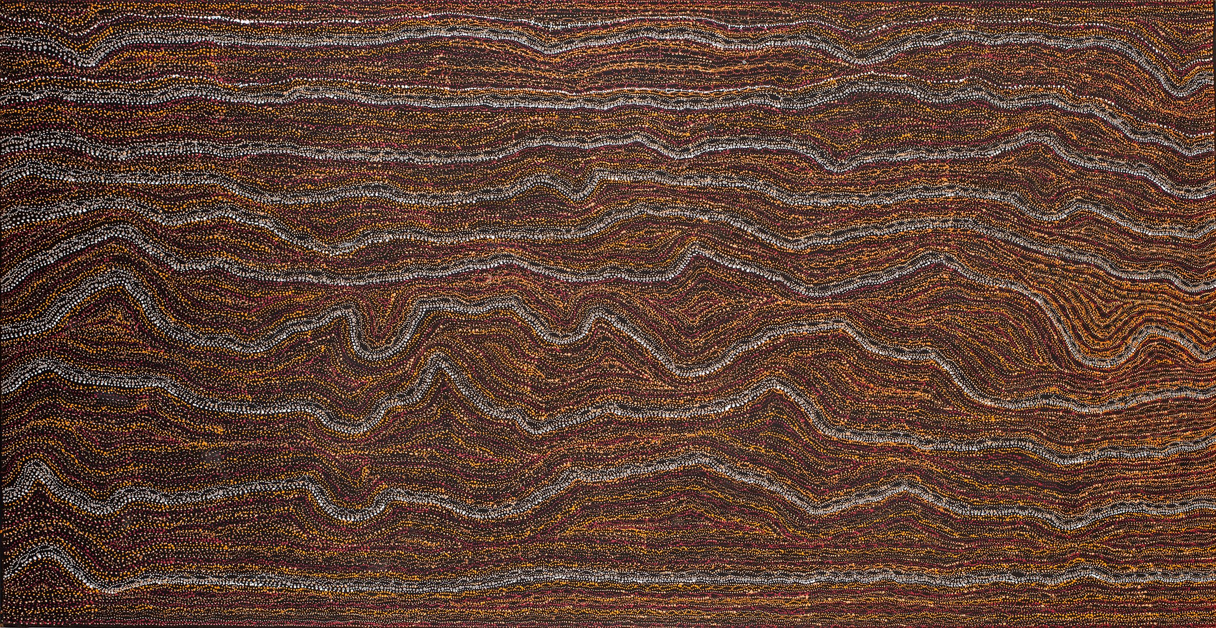 Peinture de l'artiste Sabrina Nangala Robertson, fille de l'artiste Dorothy Napangardi. Format : 240 x 120 cm. Titre : Mina Mina Dreaming time story. © Photo : Aboriginal Signature Estrangin gallery with the courtesy of the artists and Yuendumu.