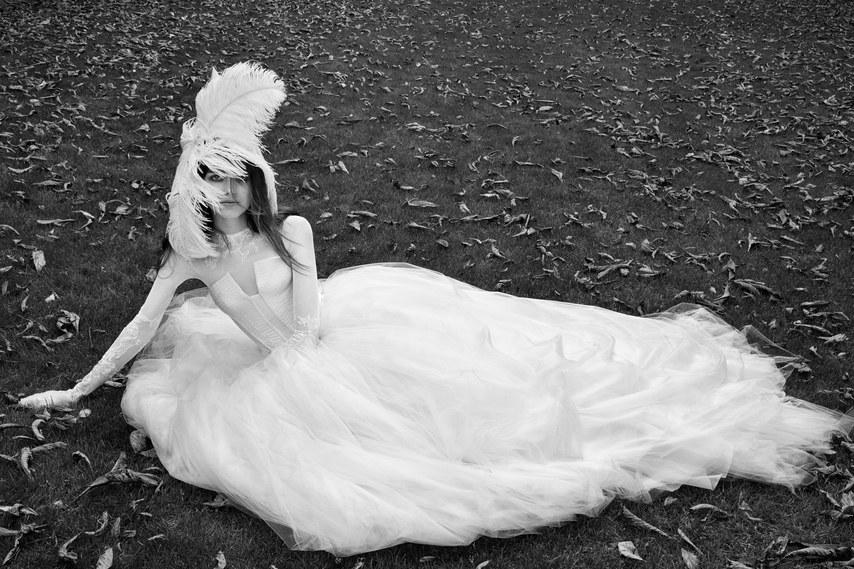 vera-wang-wedding-dresses-fall-2018-005.jpg