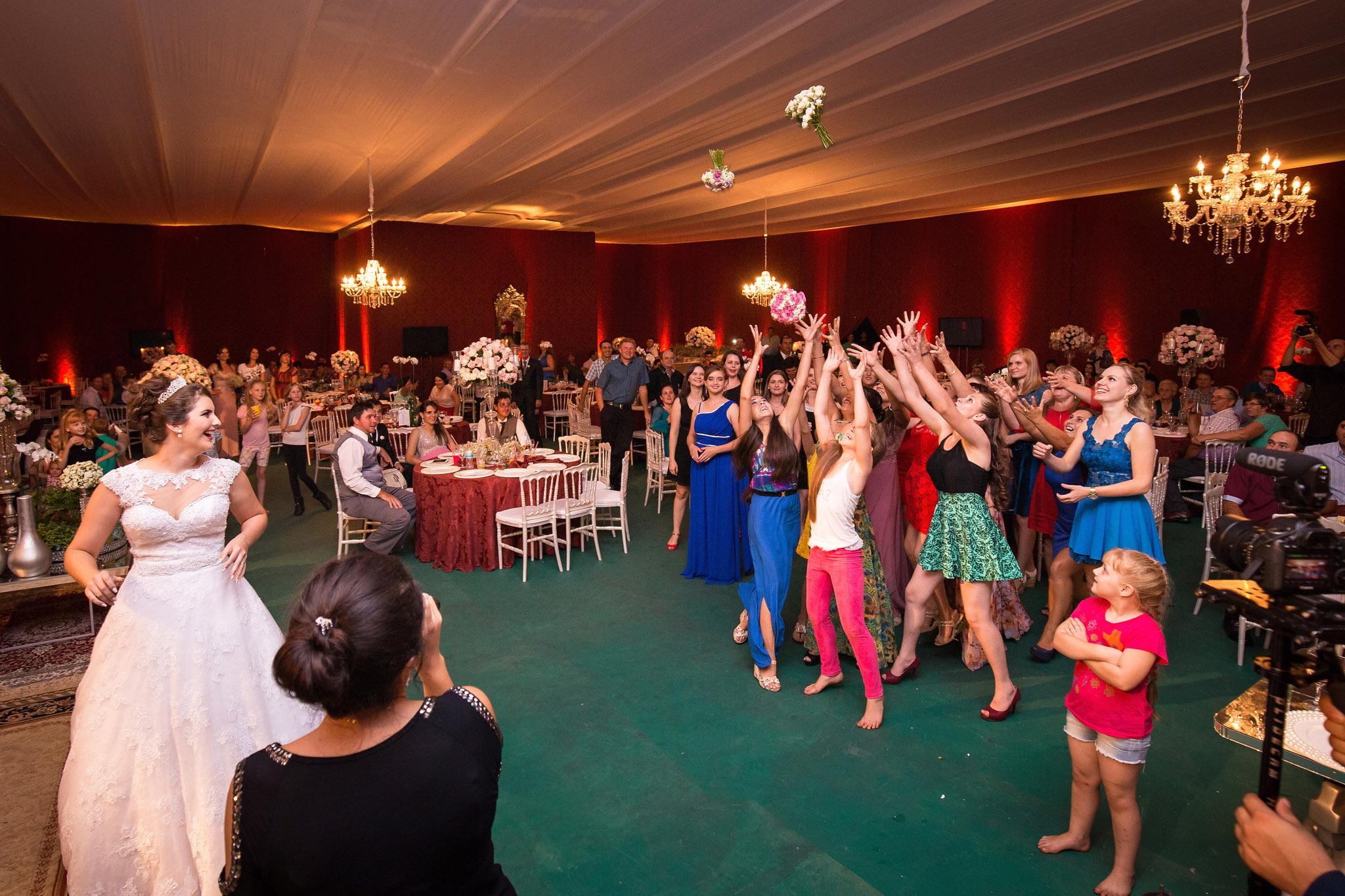 destination-wedding-travellers-brazil-paraguay-reception-garter-toss