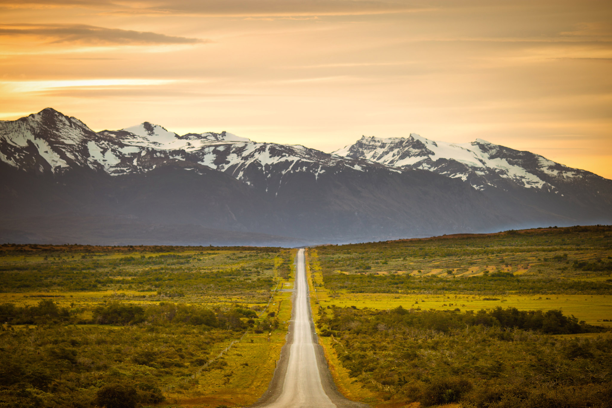 Wedding-Travellers-Overlanding-Destination-Wedding-Chile-Torres-del-Paine-sunset-snow-ice-mountain-glacial-road