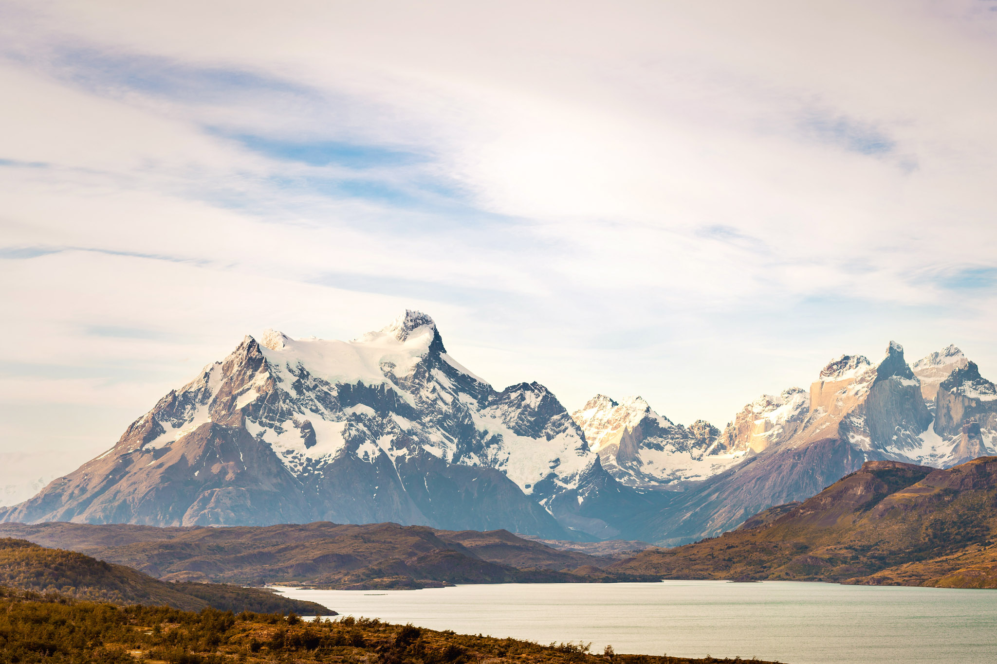 Wedding-Travellers-Overlanding-Destination-Wedding-Chile-Torres-del-Paine-Valle-Frances-Valley-French-lake-sunset-snow-ice-mountain-glacial-shore-coast