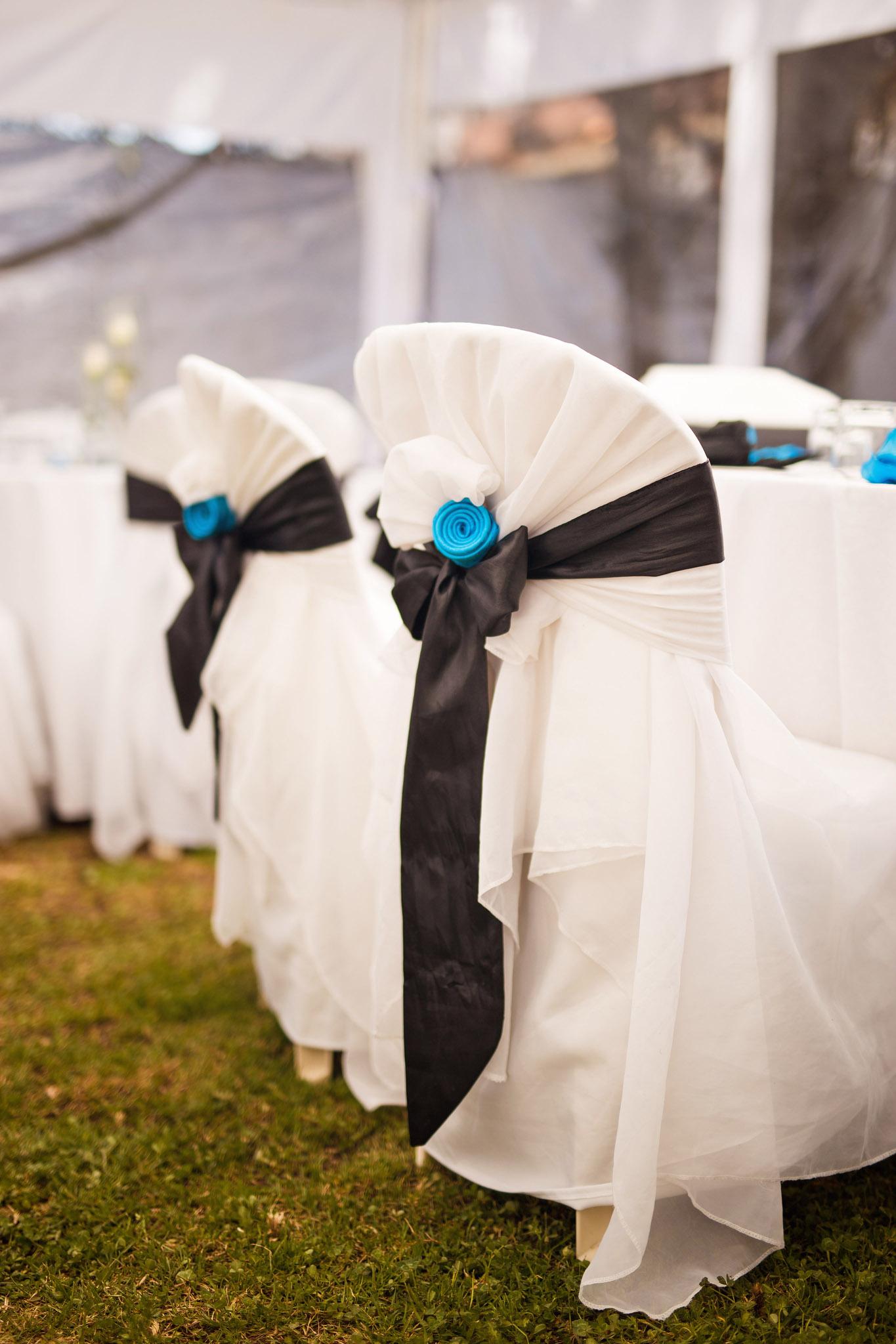 black-blue-wedding-decoration