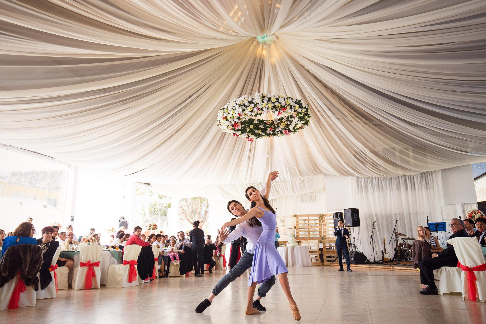 wedding-bolivia-la-paz-balet-performance-dance