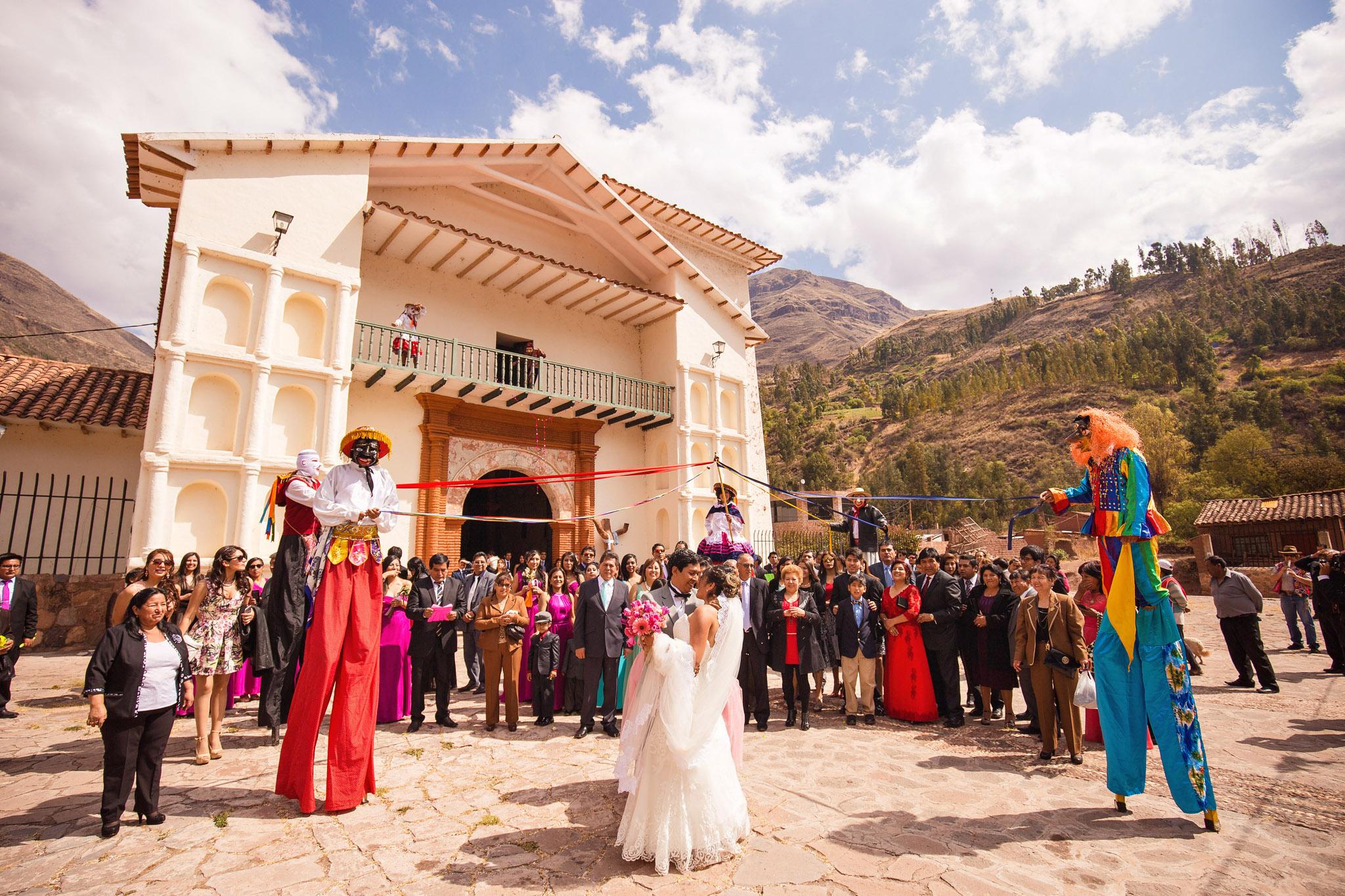 Wedding-Travellers-Destination-Wedding-Peru-Cusco-Hacienda-Sarapampa-Sacred-Valley-tradition