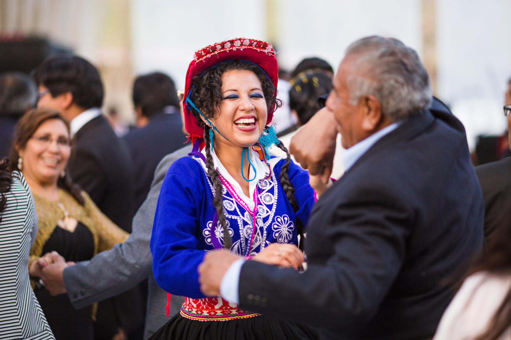 Wedding-Travellers-Destination-Wedding-Peru-Cusco-Hacienda-Sarapampa-Sacred-Valley-traditional-costumes-party