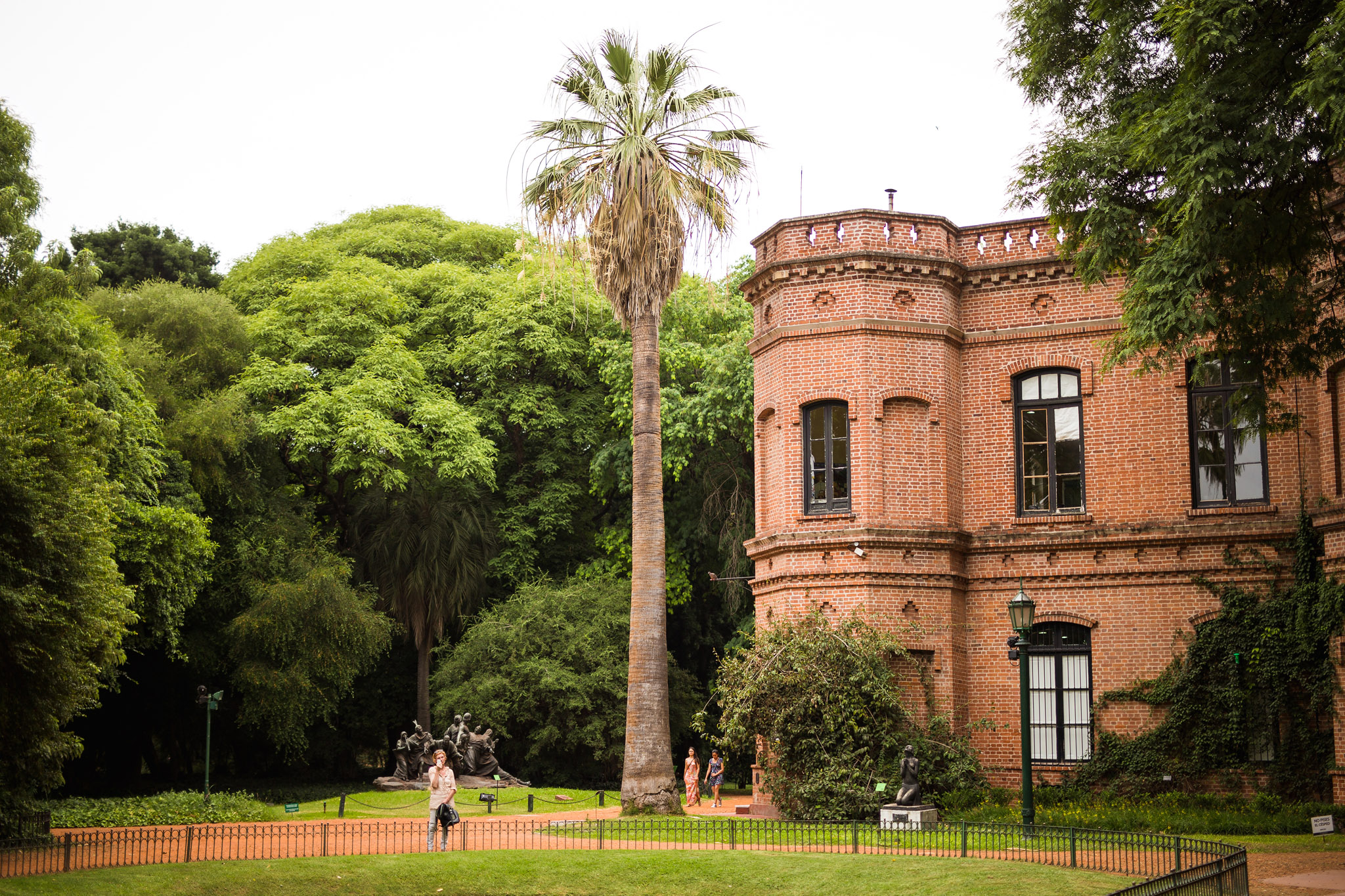 Wedding-travellers-Argentina-Buenos-Aires-Botanical-Garden-Jardin-Botanico
