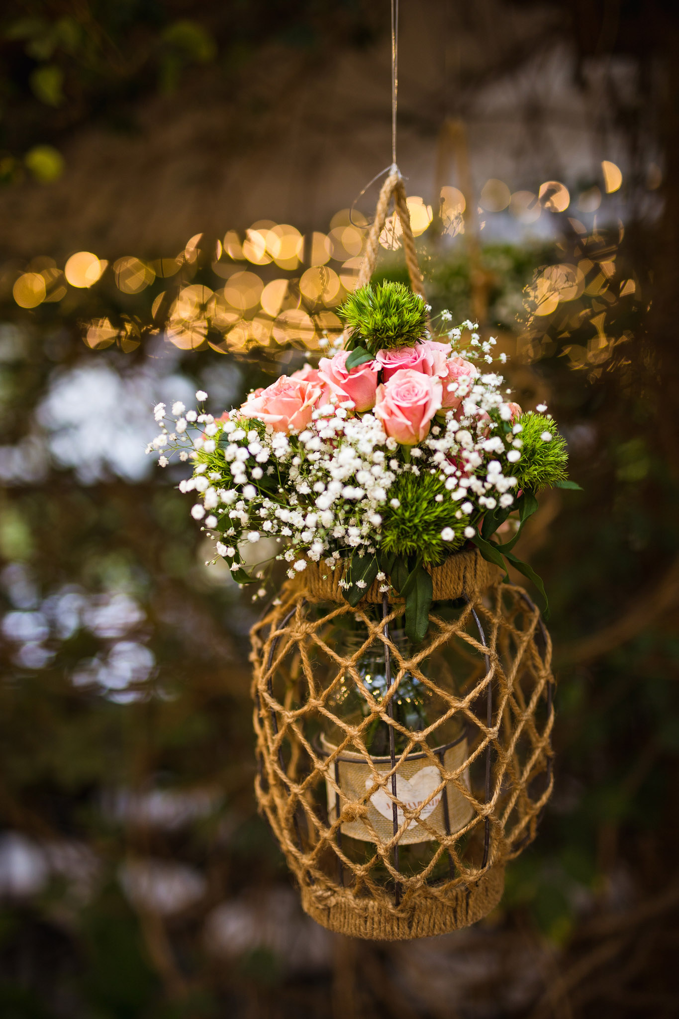 wedding-travellers-destination-wedding-photography-colombia-medellin-chuscalito-decoration-white-pink-rose