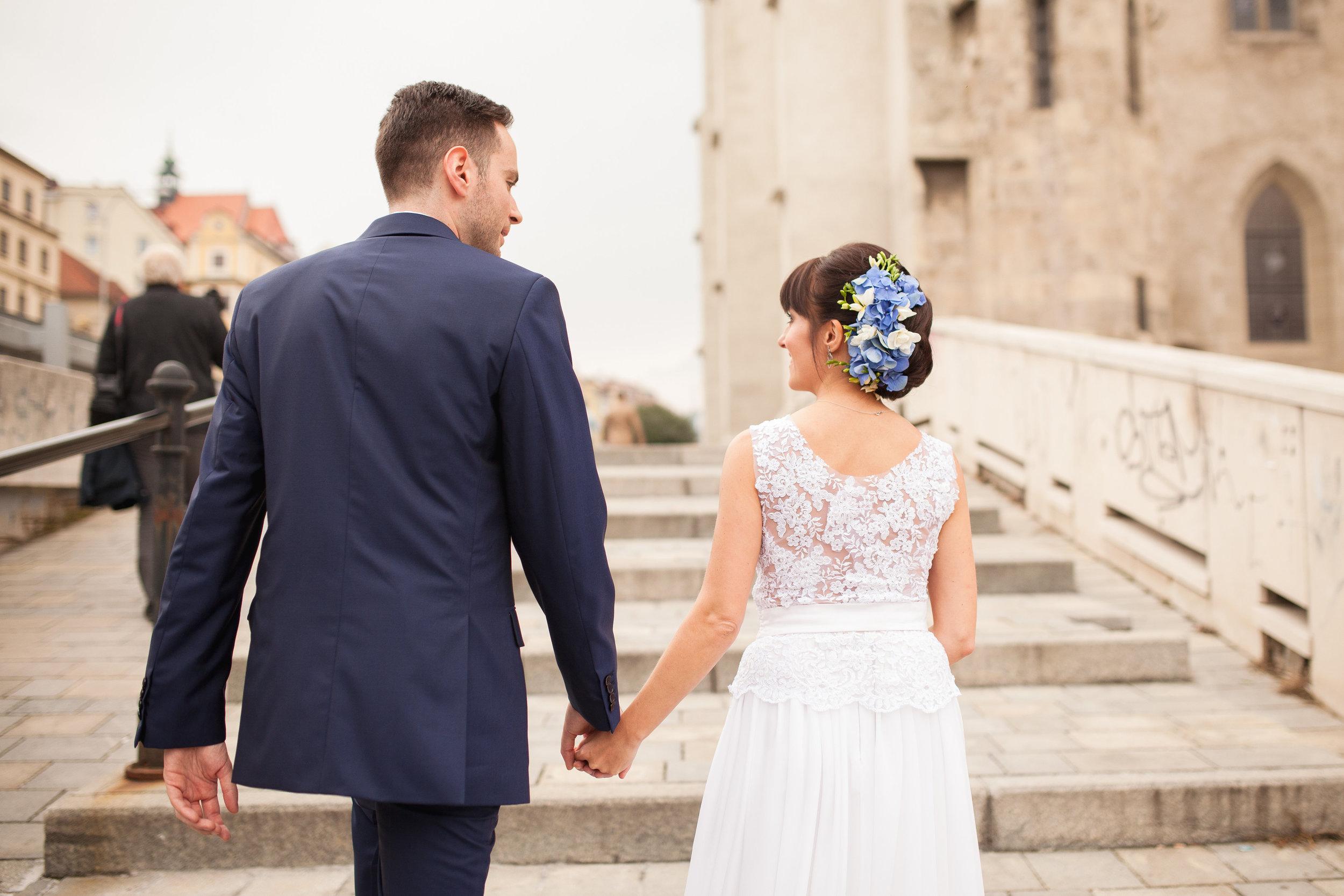 destination-wedding-photographer-bratislava-slovakia-europe-portrait-session-4.jpg