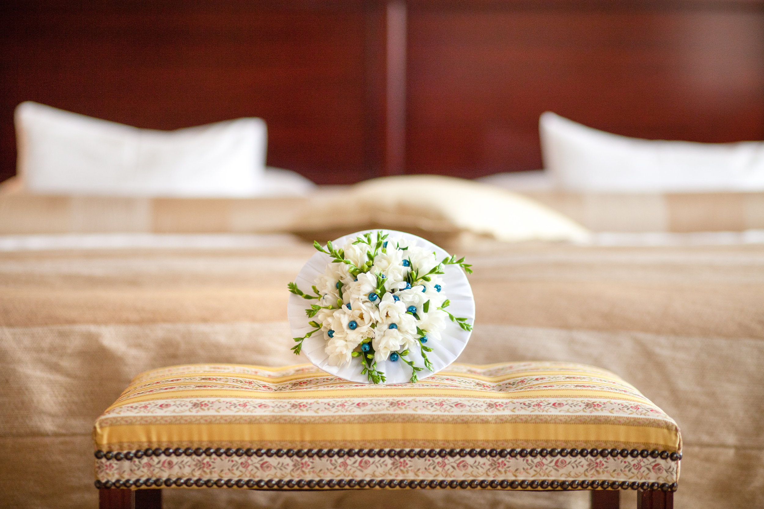 destination-wedding-photographer-bratislava-slovakia-europe-detail-bouquet.jpg