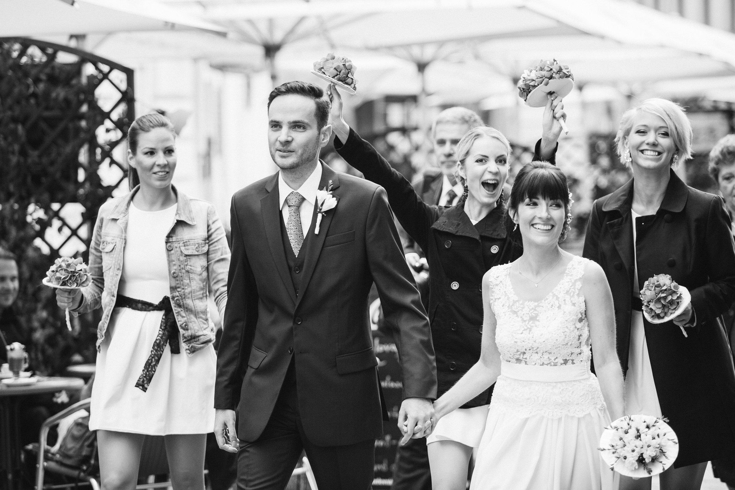 destination-wedding-photographer-bratislava-slovakia-europe-bw-documentary-happy-guest-2.jpg