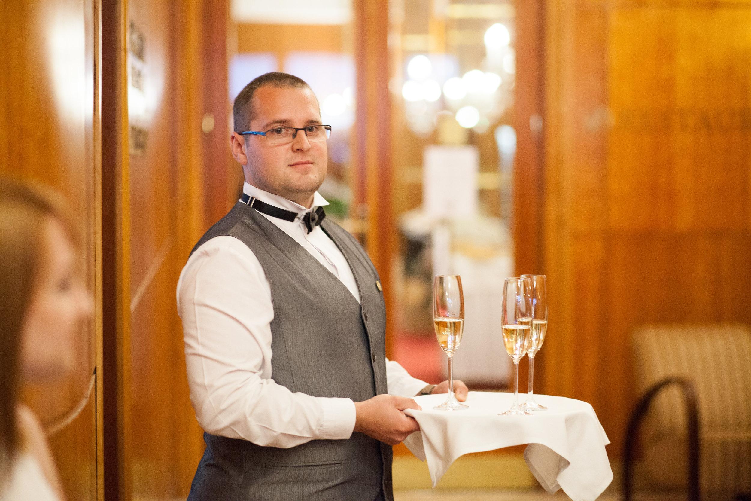 destination-wedding-photographer-slovakia-bratislava-reception-hotel-devin-6.jpg