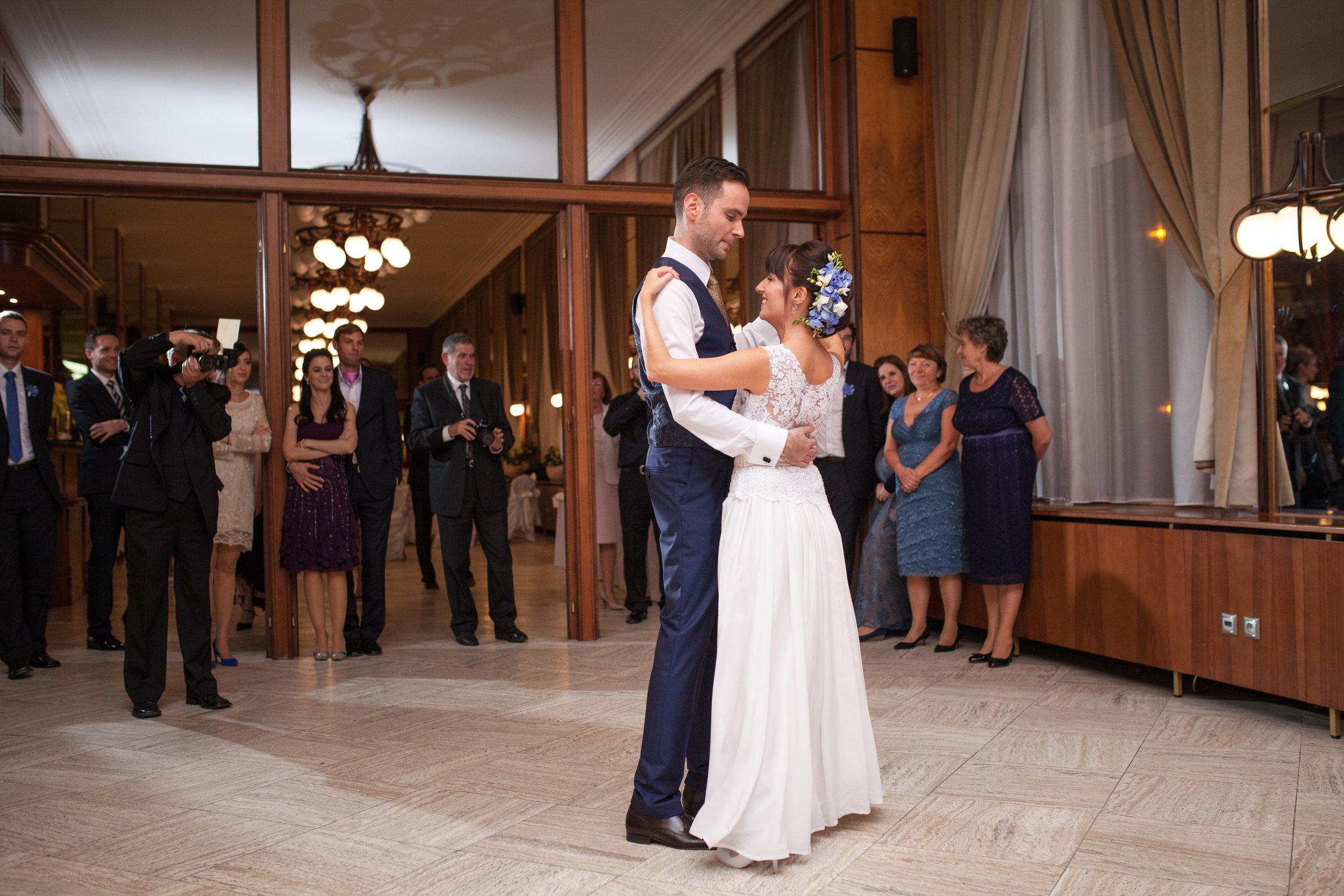 destination-wedding-photographer-slovakia-bratislava-reception-hotel-dance.jpg