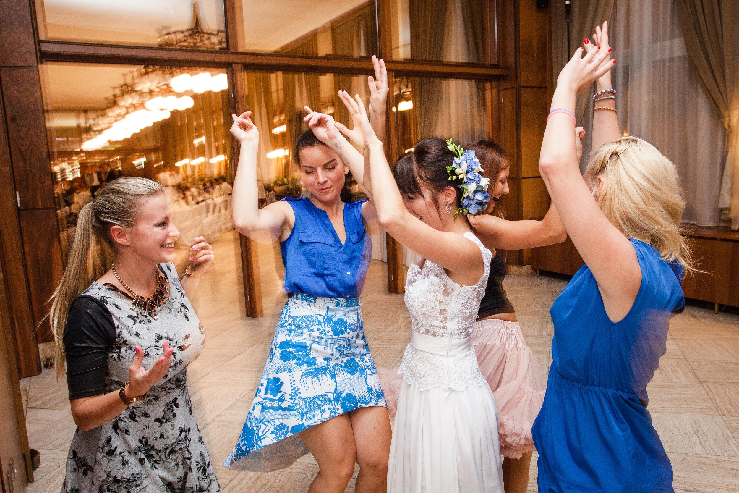 destination-wedding-photographer-slovakia-bratislava-reception-dancing-5.jpg