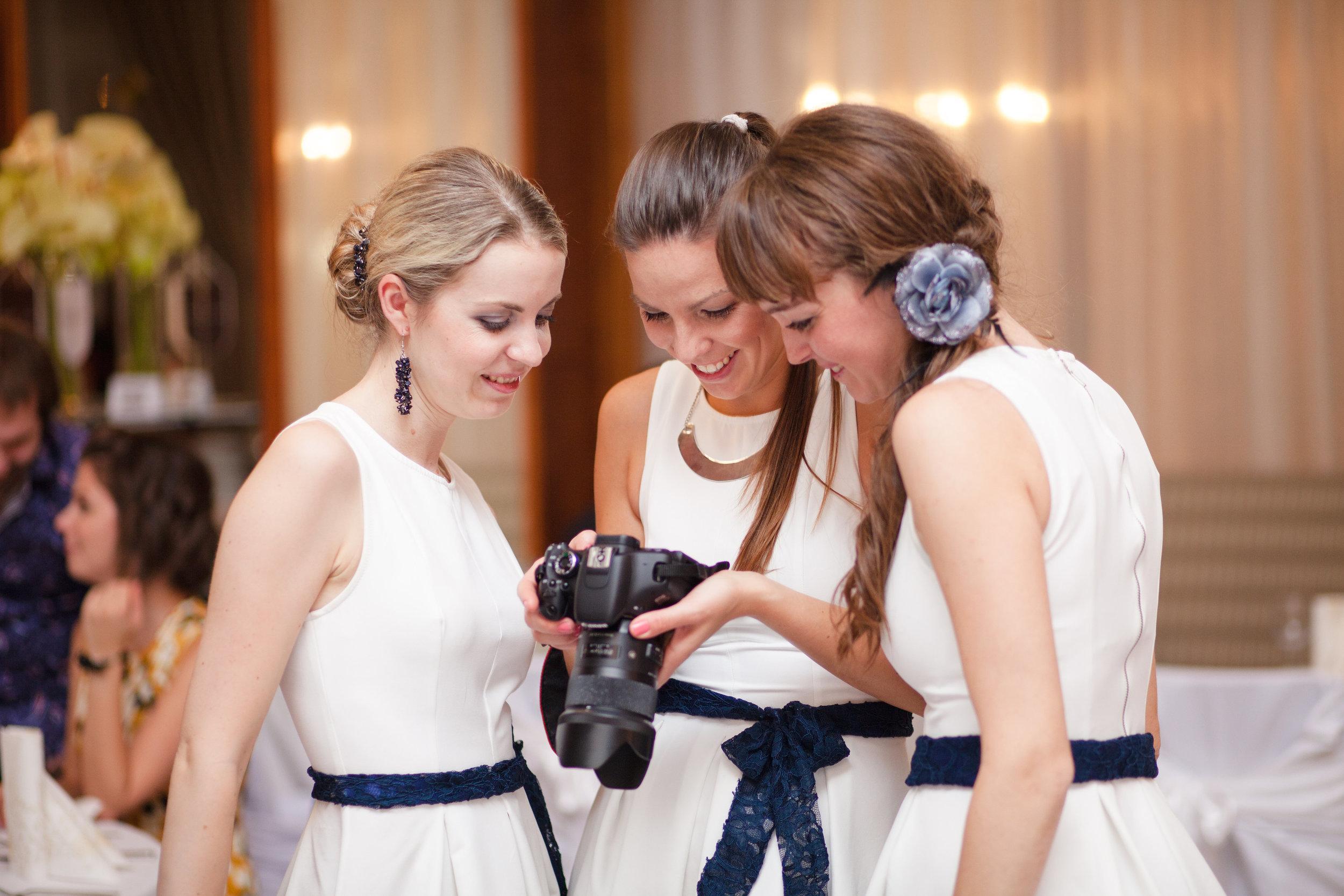 destination-wedding-photographer-slovakia-bratislava-bridesmaids-camera.jpg