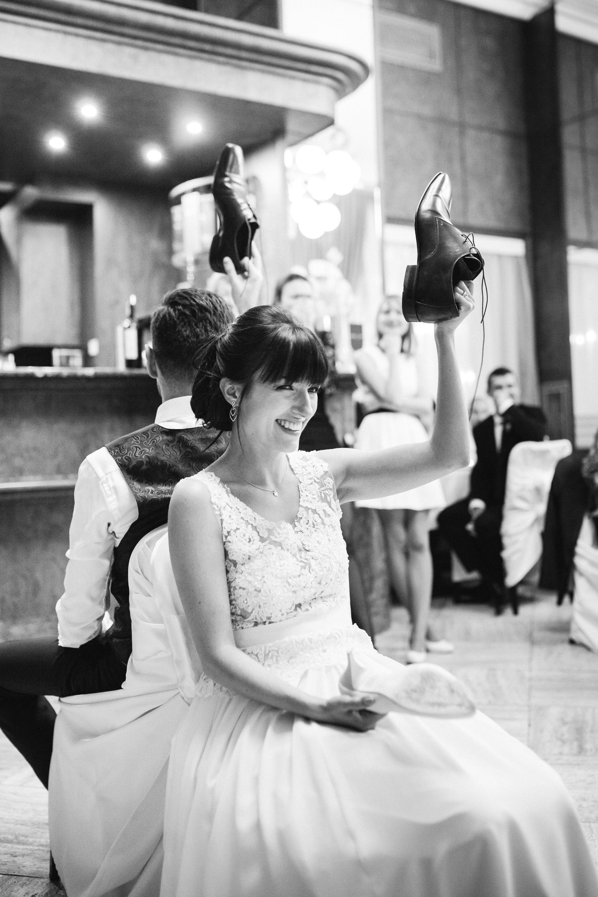destination-wedding-photographer-slovakia-bratislava-bw-documentary-style-reception-1.jpg
