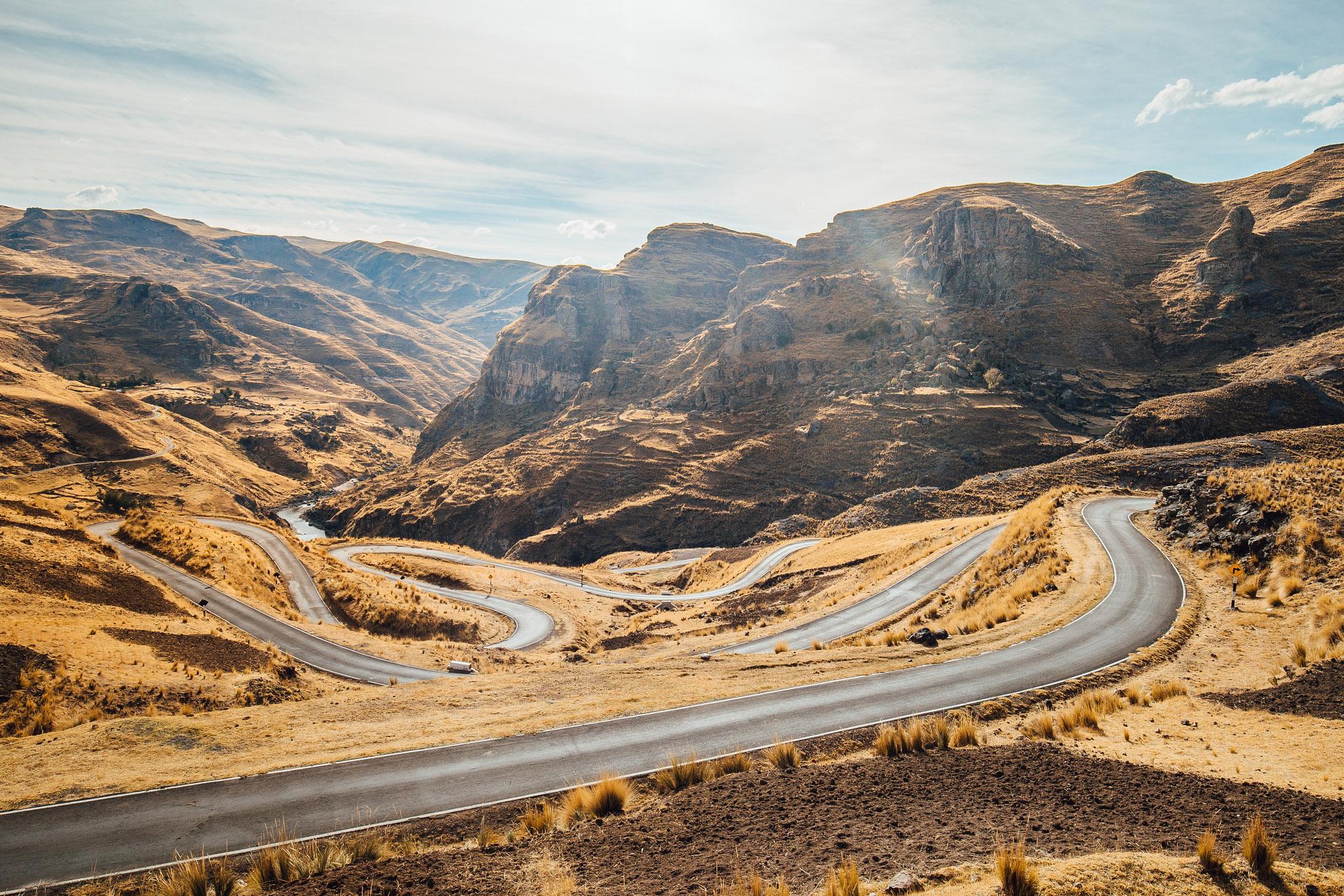 overlanding-apurimac-valley-peru-queswachaka-last-inca-bridge-2.jpg