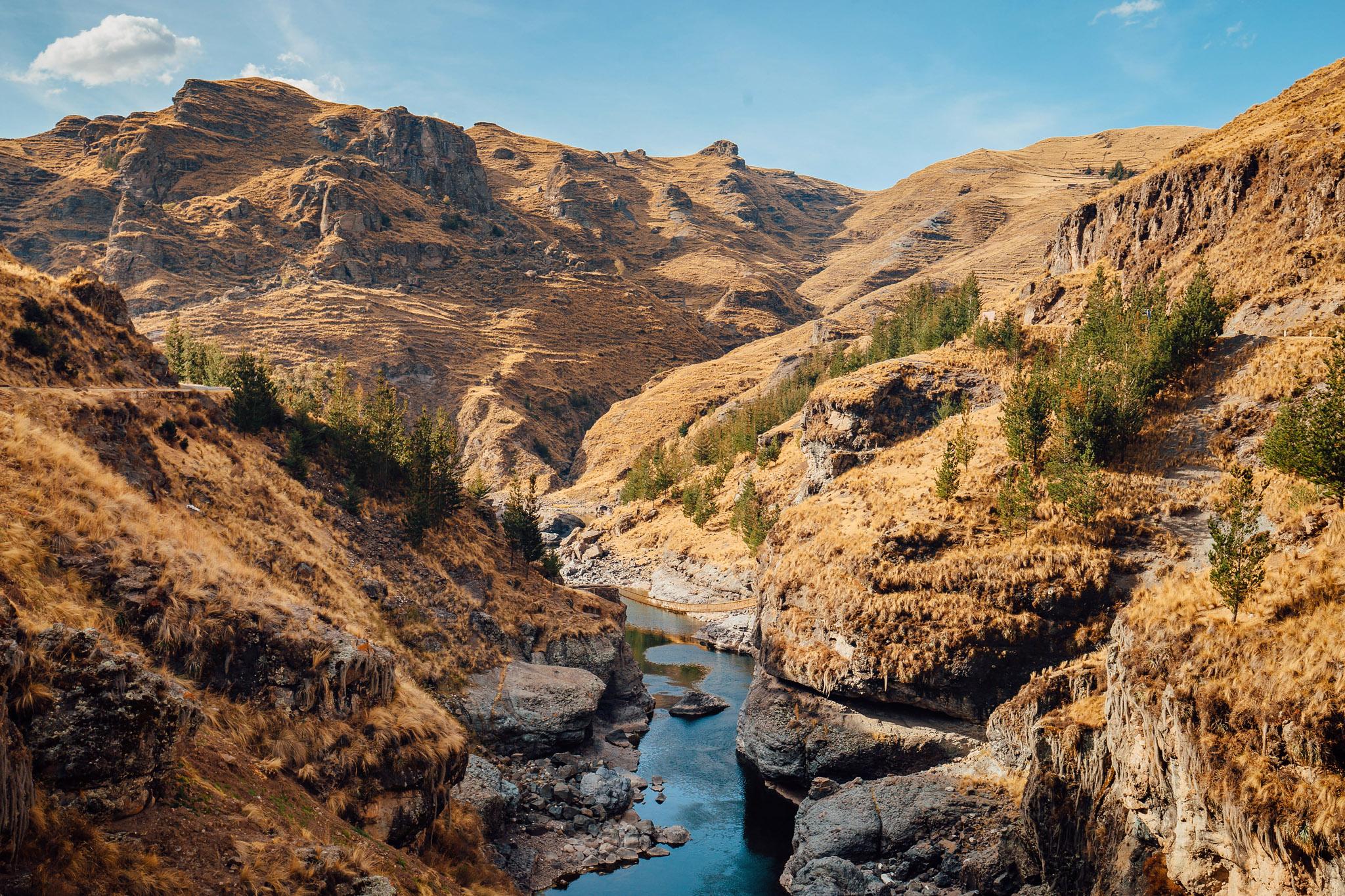 travel-photography-overlanding-apurimac-valley-peru-queswachaka-last-inca-bridge-4.jpg