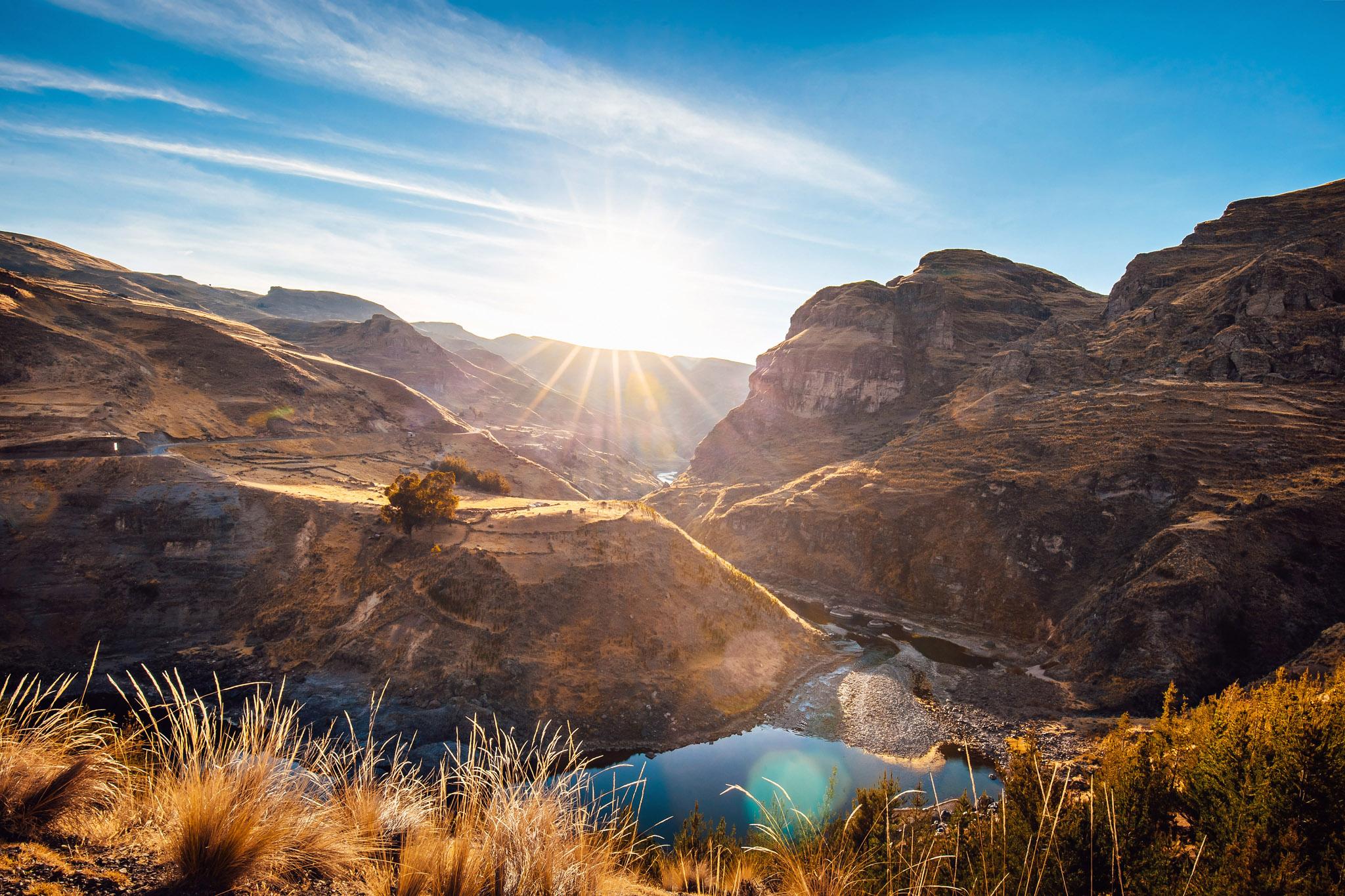 travel-photographer-overlanding-apurimac-valley-peru-queswachaka-last-inca-bridge.jpg