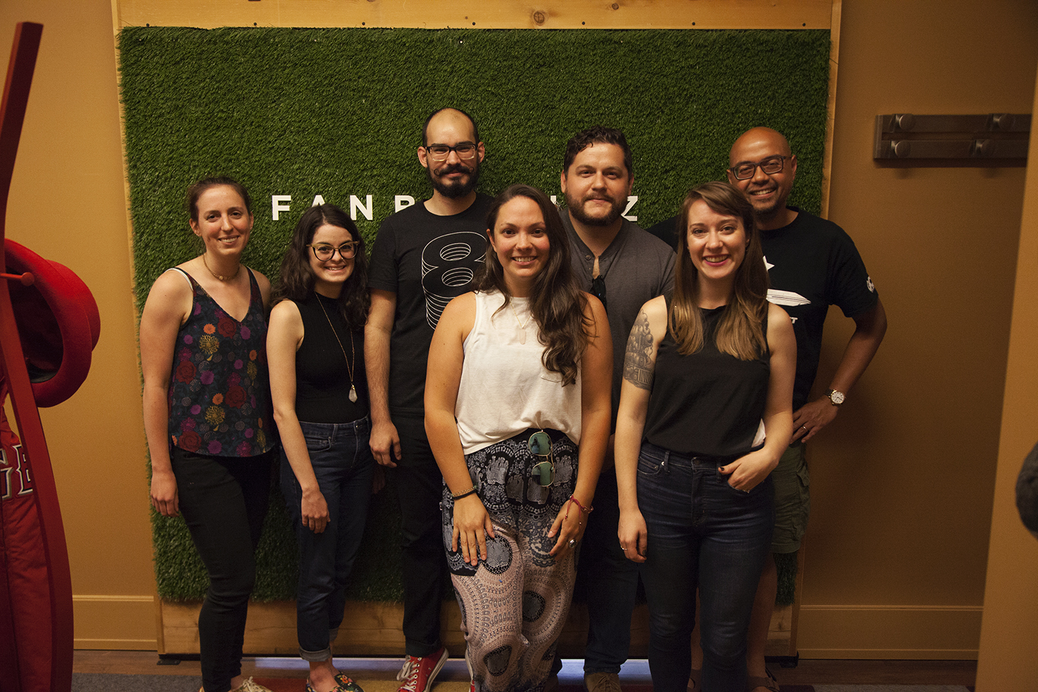 The team: (from left to right) Sara Douma, Jeanette Pidi, Mike Sulick (host), Samantha Roth, Kevin Greene, Beth Fileti, and Anthony Inciong. All session photography courtesy of Joe Piccirilli.