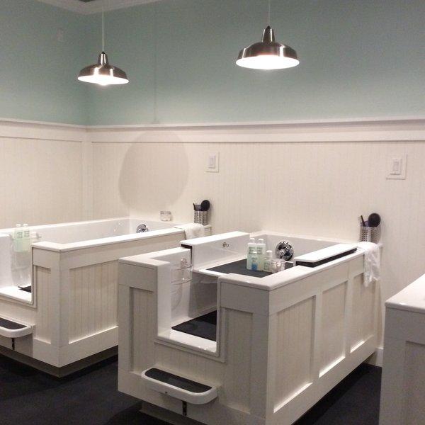 Fresh Paws Bath House.jpg