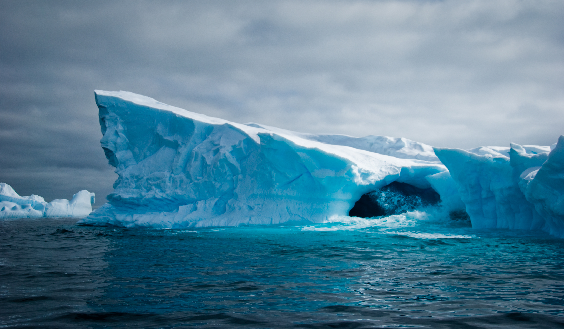 Julie-Jira_2015_PS_Antarctica-12.jpg