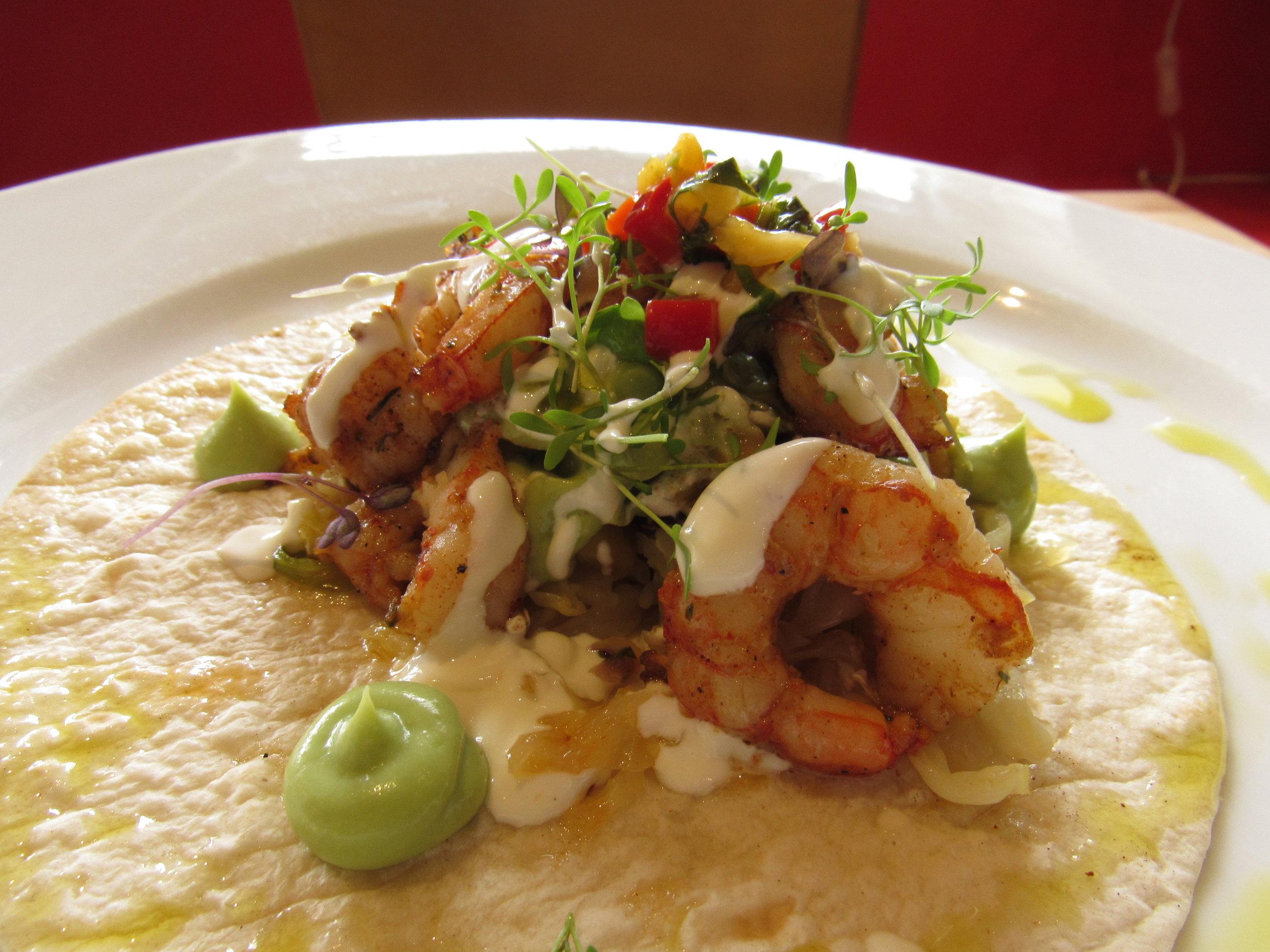 prawns in tortilla with avocado twenty2